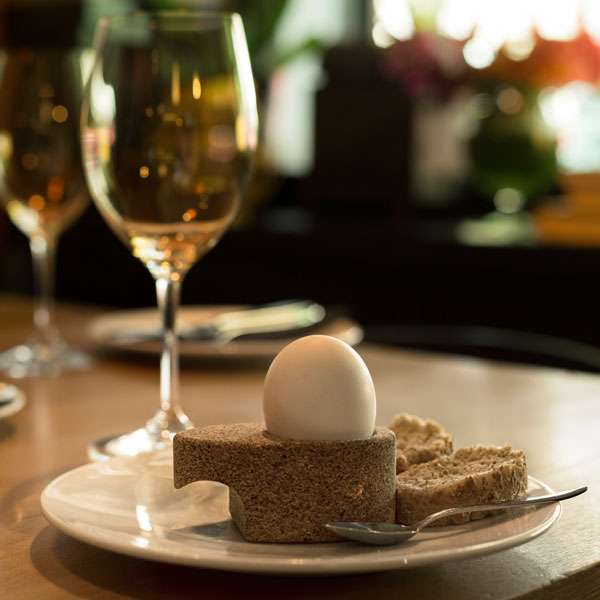 AGUEVO_cork-egg-cup